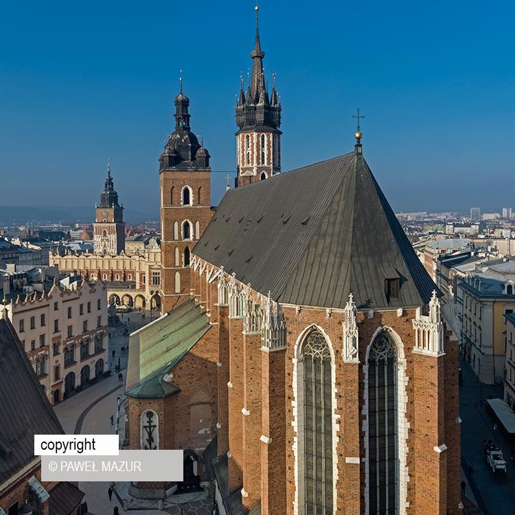 Kościół Mariacki w Krakowie z drona